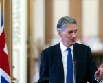 Hammond: 'Disturbing evidence' of Kurdish cooperation with Syrian regime and Russia