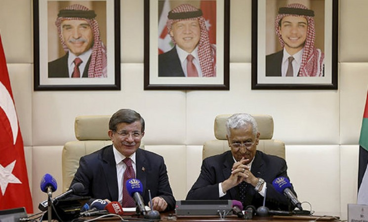Turkey, Jordan sign bilateral agreements in PM Davutoglu's visit to Amman