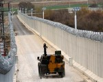 Turkey's wall on Syria border sharply reduces illegal crossings