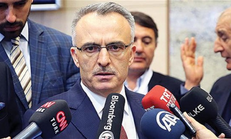 Businesses take out 114 bln liras in loans under new scheme to boost growth: Minister