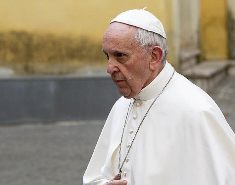 Pope Francis: Equating Islam with terrorism 'foolish'