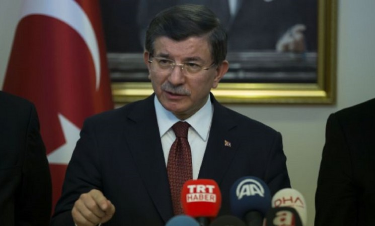 Turkey will not allow Syrian town of Azaz to fall to YPG: PM Davutoglu