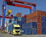 Turkey's trade deficit narrows by 32.5 pct in July