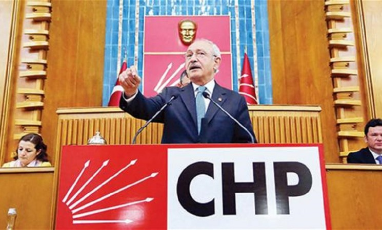 Say 'no' in referendum for future of Turkey: Main opposition head
